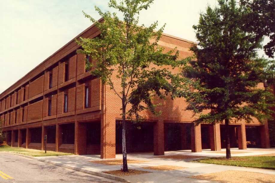 Henderson Bail Bonding exterior of Henrico county magistrates henrico, va